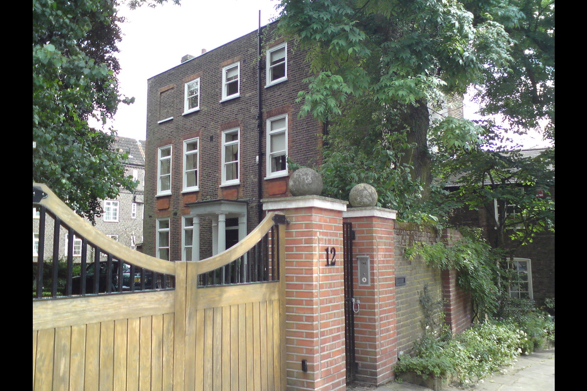 Medium 12 hampstead square  1